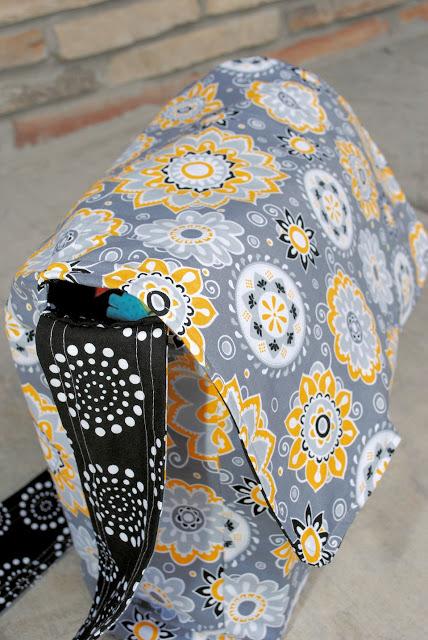 free messenger style diaper bag pattern
