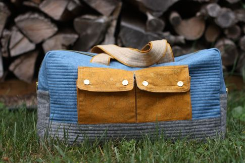 cargo duffle bag with pockets - good for a diaper bag - sewing pattern