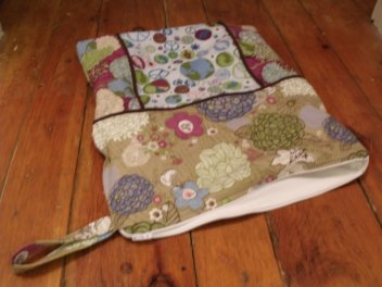 tutorial on how to sew a zippered wet bag