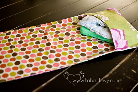 quick and easy diaper change pad sewing pattern & tutorial